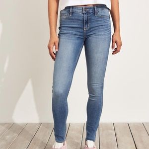 NWT 🌟 Hollister Super Skinny Jeans LONG 9